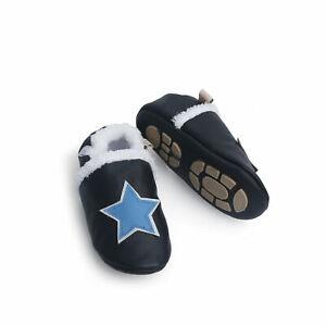 Liya's gefütterte Lederpuschen Hausschuhe mit Gummi - #396 Stern in schwarz