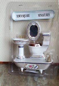 Dollhouse Bathroom Set White Gold Blue Porcelain Tub Toilet Sink 1:12 Scale