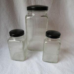 3 alte vorratsgl ser glas mit bakelit schraubdeckel vorratsglas made in france ebay. Black Bedroom Furniture Sets. Home Design Ideas