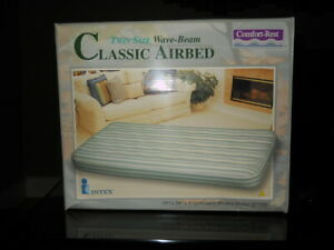 Inflatable-Air-Mattress-Twin-Size-Intex-Classic-Unflocked-for-quick-clean-amp-dry
