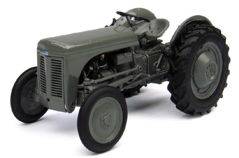 Ferguson Tea 20 Tractor 1 32 Model 4189 UNIVERSAL HOBBIES  | Feinen Qualität