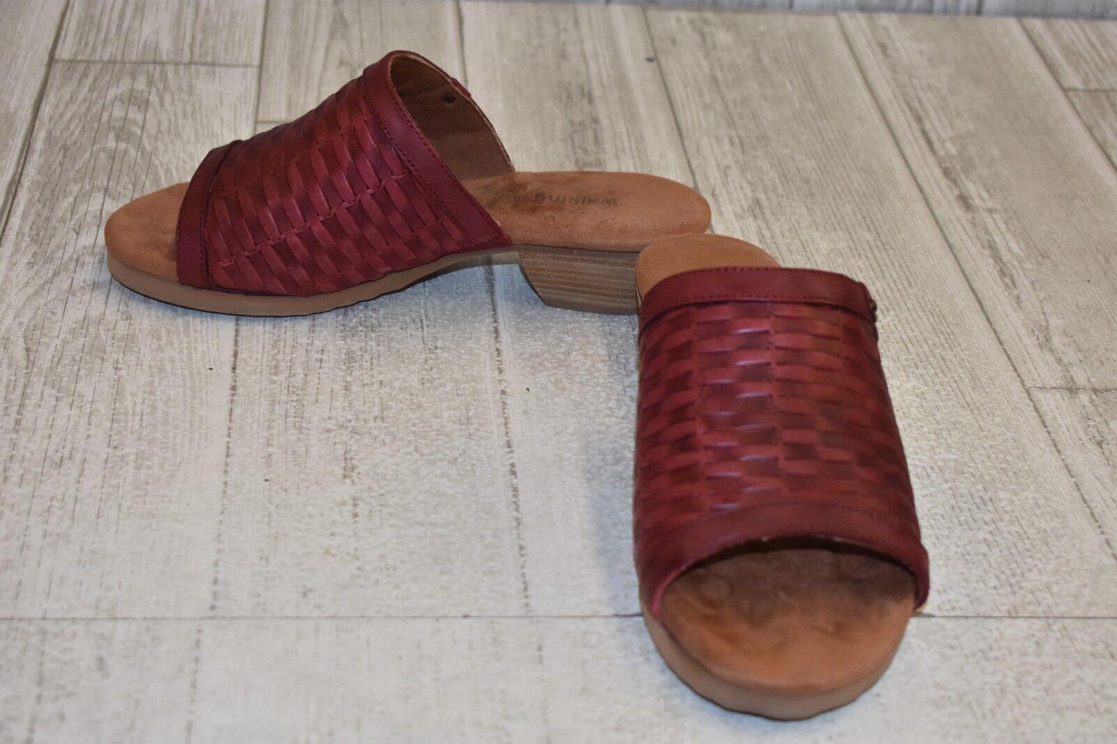 Walking Cradles Cape Heeled Sandal - Women's Size 7.5WW - Red Brown