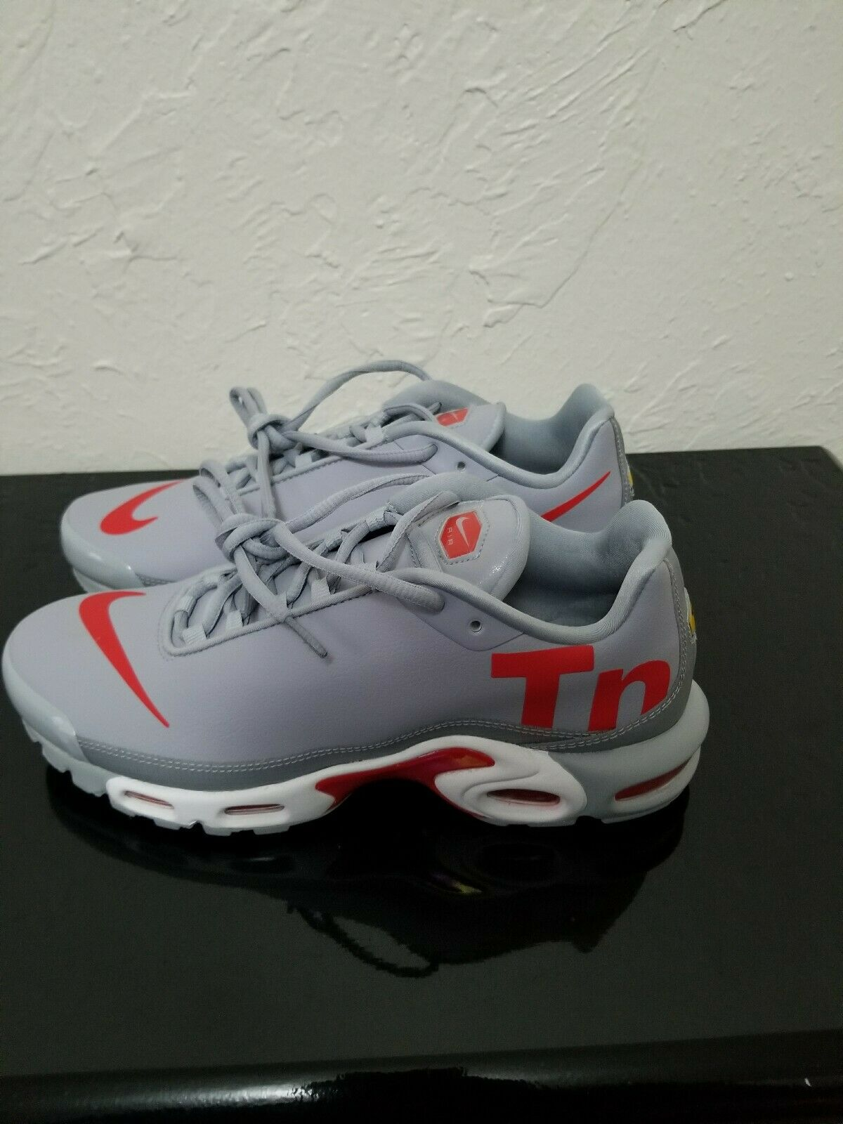 Nike Air Max Plus TN Mercurial Wolf Grey Red White Men's AQ1088-001 Size 9