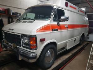 1988 dodge van ambulance/tour/camping