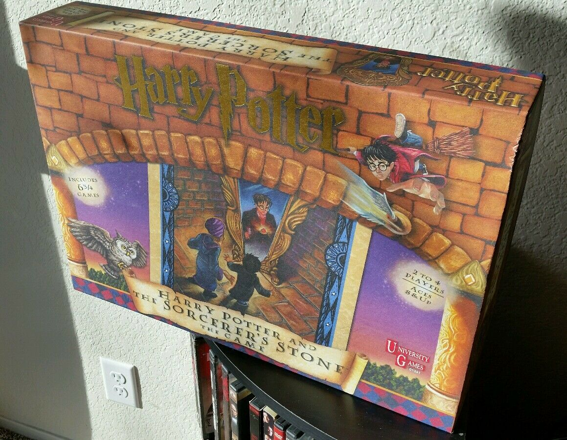 Harry Potter And The Sorcerer's Stone Board Game UNPUNCHED - Great Condition