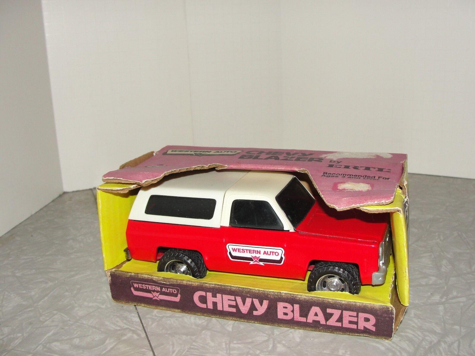 VIntage Ertl Western Auto Chevrolet Blazer Truck in the scatola