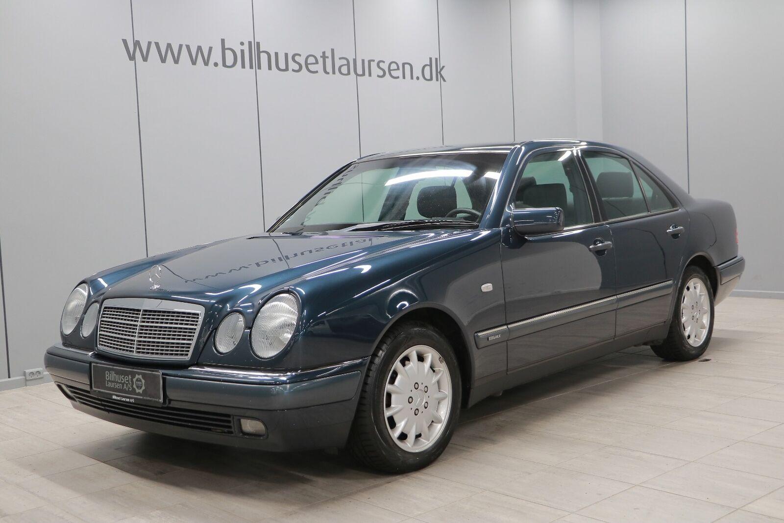 Mercedes E320 3,2 Elegance aut. 4d - 69.900 kr.