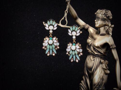 Boucles d/'Oreilles Clous Fleur Vert Menthe Bleu Cremeux Original Art Deco AA 12