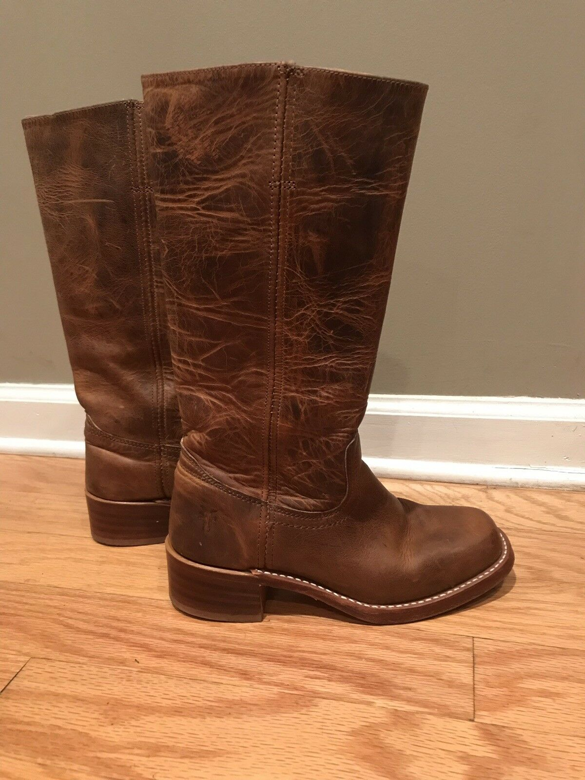 Womens Size 7.5 Frye Campus 14L Boots Dark Brown Distressed Distressed Distressed color- Excellent 96ed66