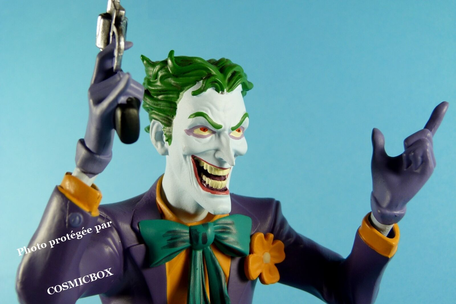 JOKER with gun resin bust DC Comics figure dark knight BATMAN actors NEW in box