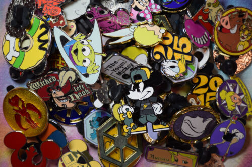 DISNEY trading PIN 125 LOT HAND DELIVERED TO WDW RESORT HOTEL or PARK ORLANDO