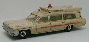 Vintage-Dinky-263-Superior-Criterion-Ambulance-1962-1968