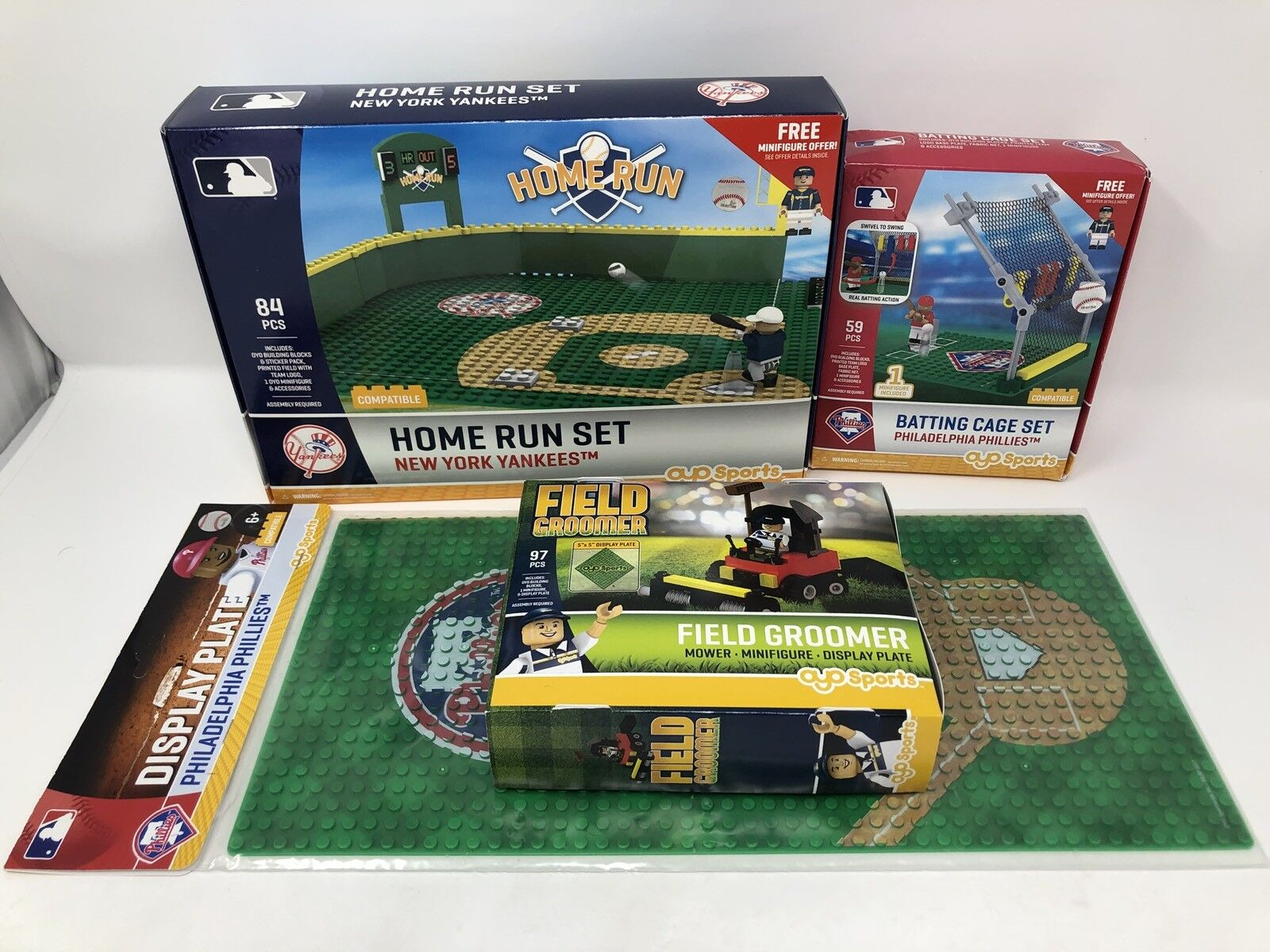 NEW YORK YANKEES HOME RUN Vs Phillies Batting Cage MINIFIG Display Plate Field