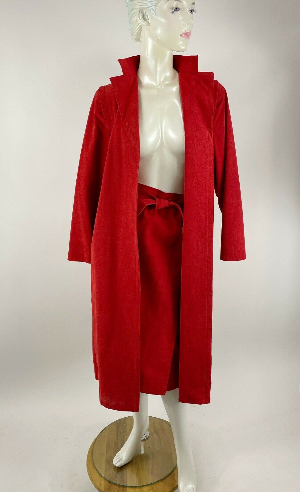 1980s Pauline Trigere red suede wrap coat and Abe… - image 4