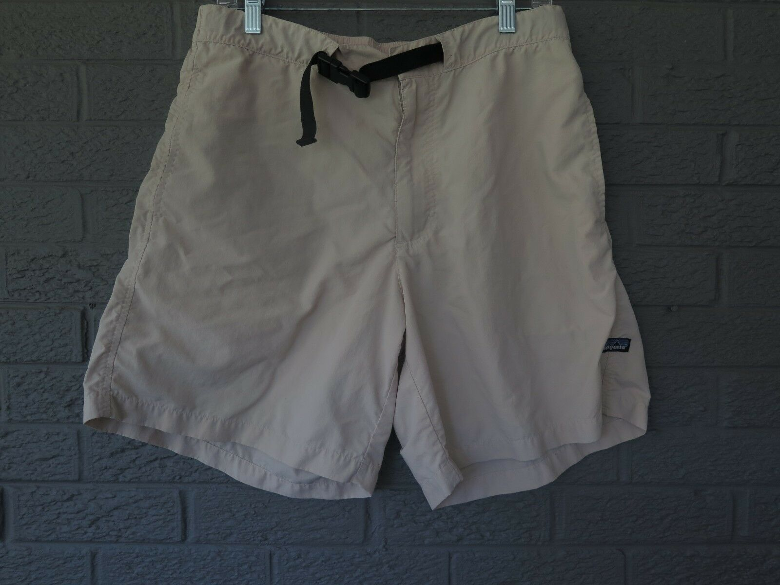 PATAGONIA LIGHTWEIGHT OUTDOOR HIKING  SHORTS IN STONE SIZE LARGE  cheap sale outlet online