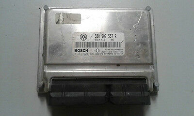 VW Passat B6 2.0 ALT Engine Control Unit ECU 3B0907557R Bosch 0261208003