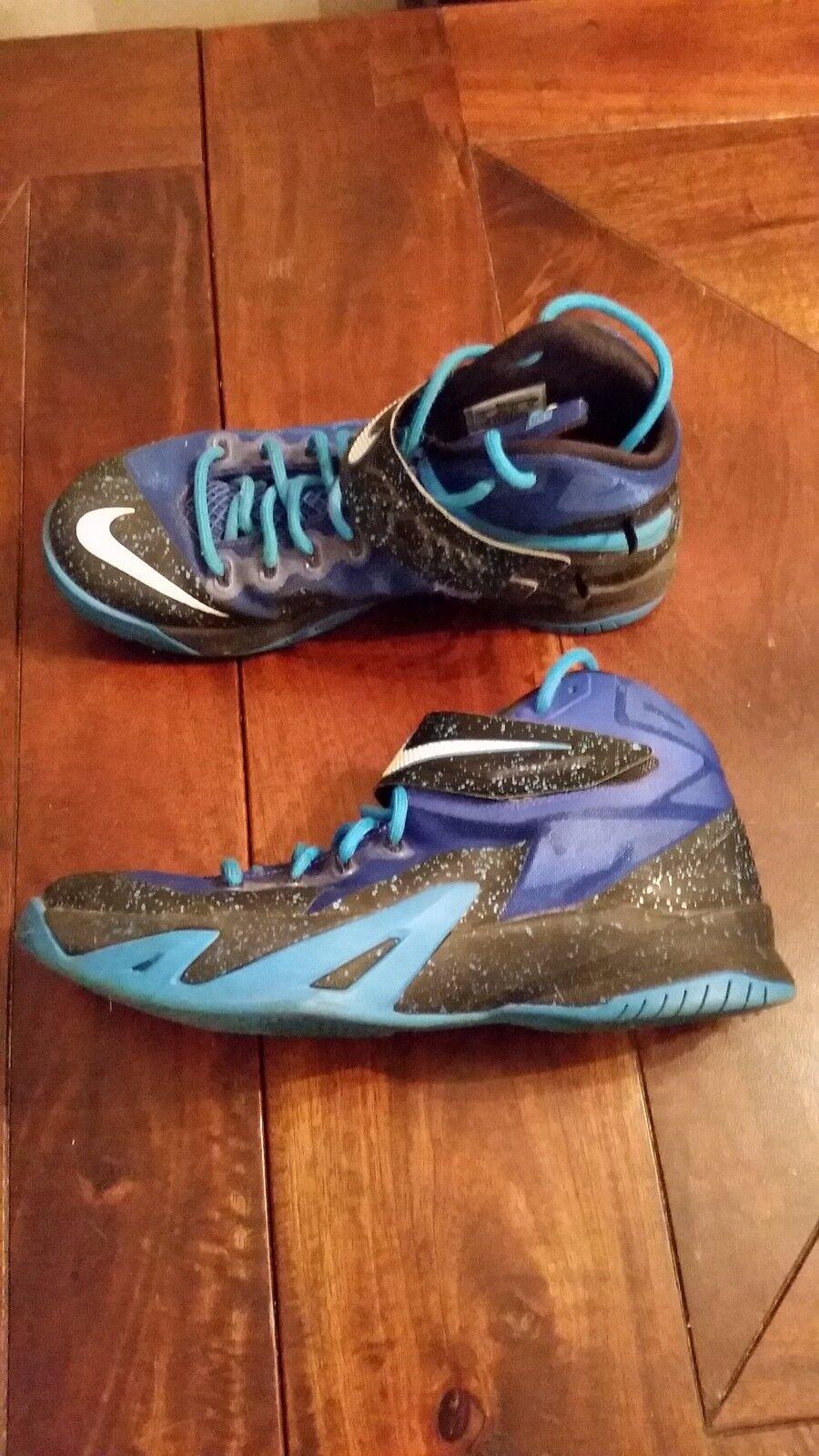Comfortable and good-looking Nike Lebron Soldier 8 Men's Basketball sneaker Blue/Black EUC