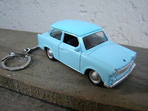 Porte clé Trabant , neuf, bleu, cadeau vintage original !!