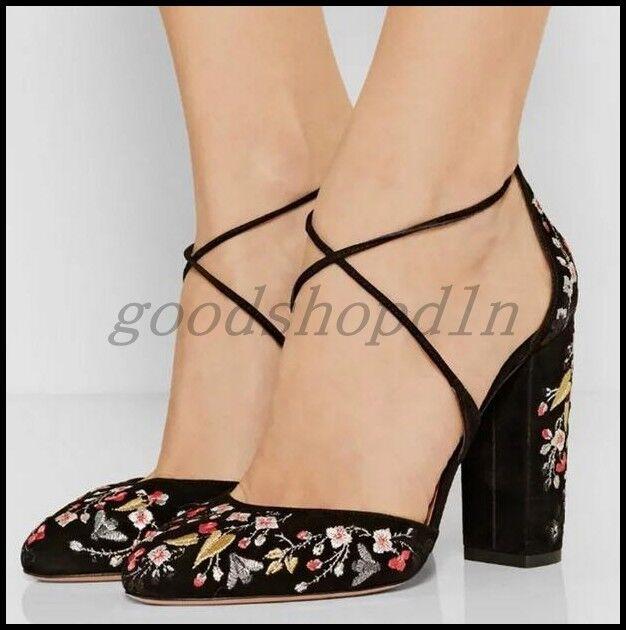 Fashion donna Suede Round Toe Floral Embroider scarpe High Heel Cross Strap Pump