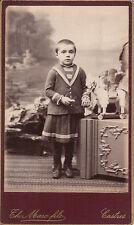 Photo carte de visite : Marc ; Petite fille et cheval à roulettes , vers 1885