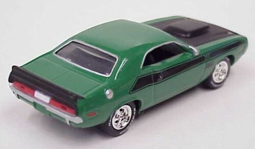 Johnny Lightning 1970 Dodge Challenger T//A 340 six pack green /& black boxed