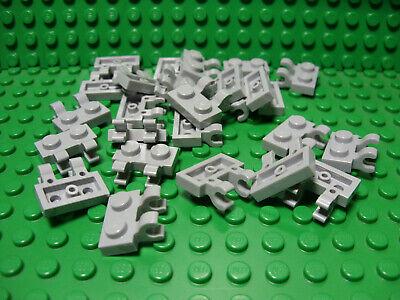 A-109 **25 CT LOT** Lego NEW light bluish gray 1 x 2 mod plate W// wheel holder