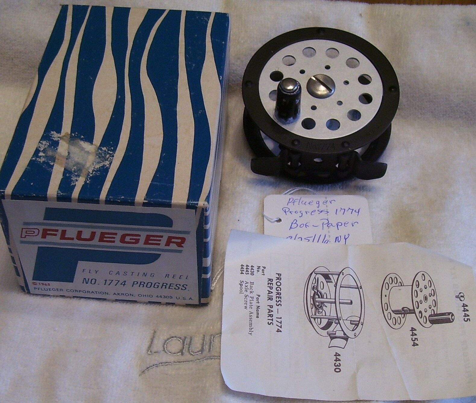 PFLUEGER PROGRESS 1774 FLY REEL 08 26 16NY    BOX-PAPERS-EXCELLENT  simple and generous design