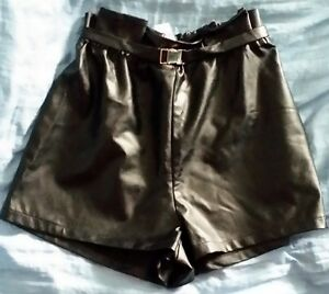 Damen-Designer-Fashion-Shorts-Leder-Optik-Schwarz-Groesse-M-NEU