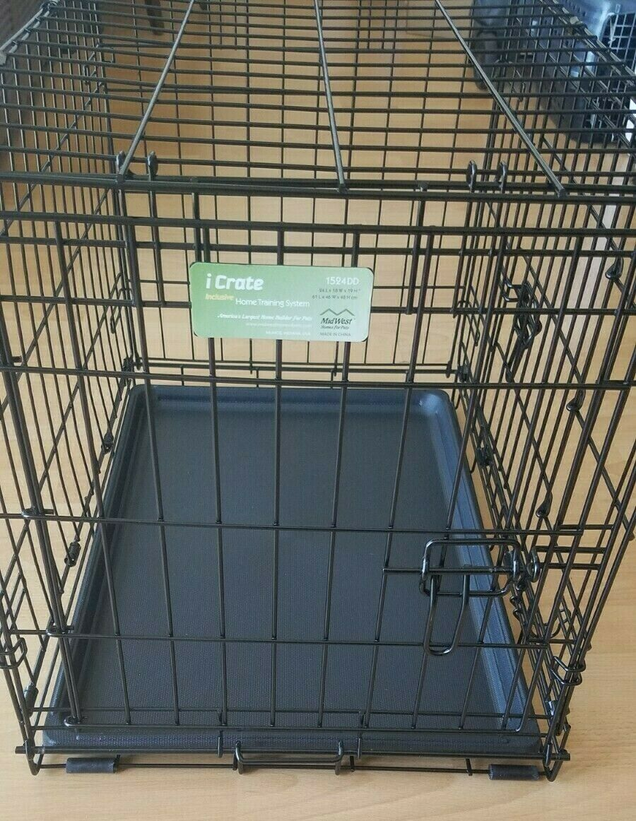Midwest ICrate Folding Metal Dog Crate 24  L x 18  W x 19  H