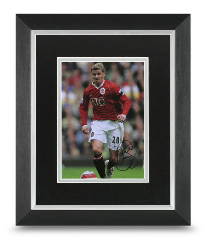 Ole Gunnar Solskjaer Signed 10x8 Framed Photo Display Man Utd Memorabilia COA