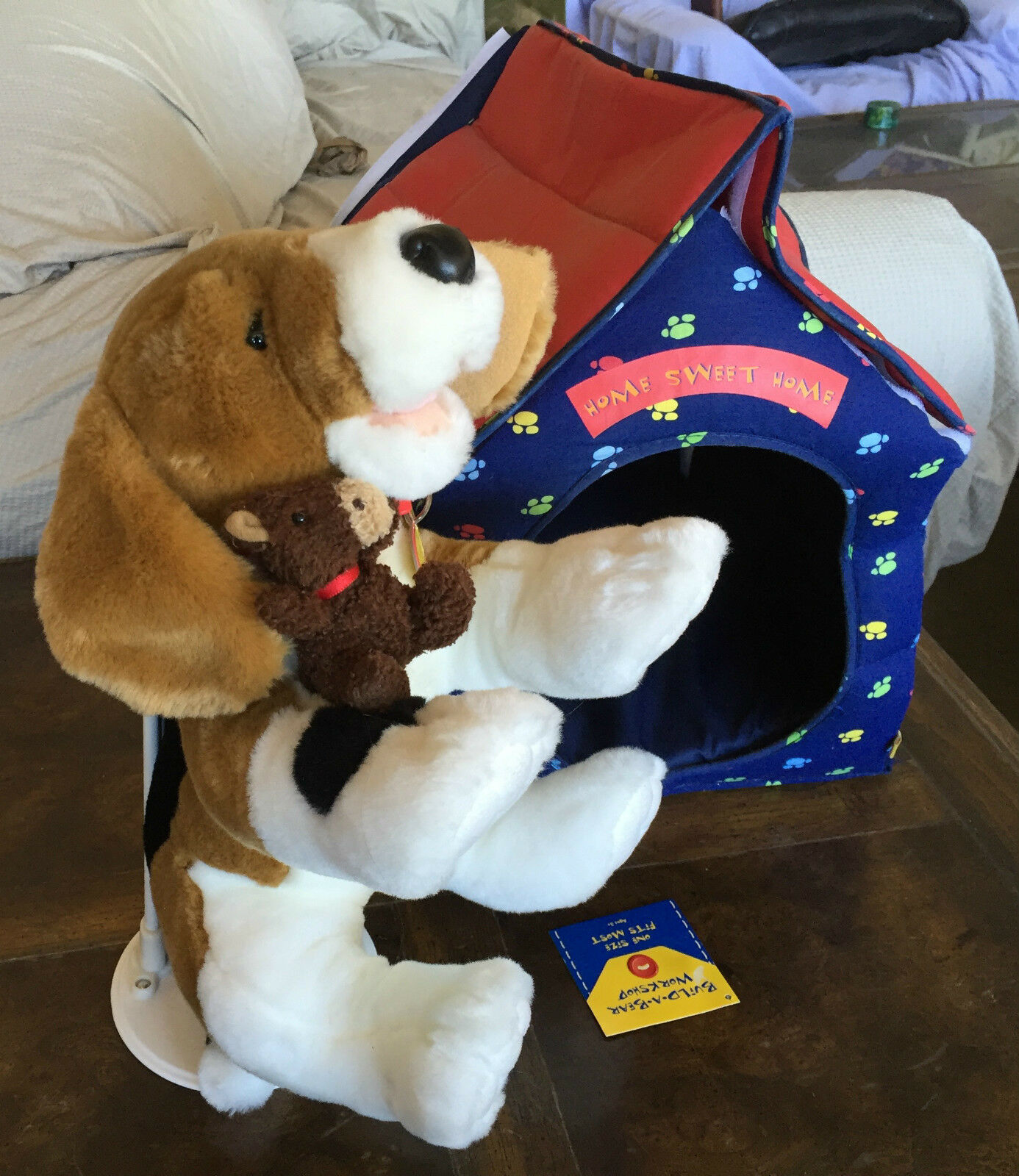 BUILD A BEAR BEAGLE DOG WITH DOG HOUSE  HOME SWEET HOME