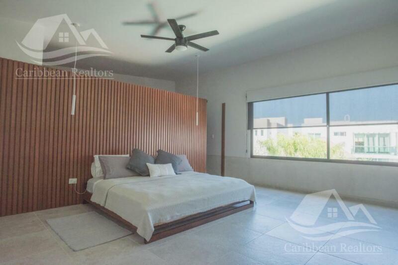 Casa en venta en Cancun/Lagos del Sol/Golondrinas