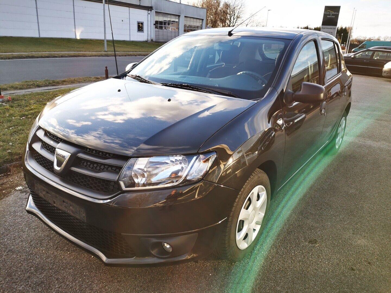 Dacia Sandero 1,2 16V Ambiance 5d - 57.900 kr.
