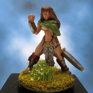 Painted-Reaper-Miniature-Lorna-the-Huntress
