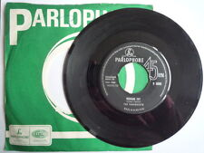 """The Paramounts - Poison Ivy - 1963 GT Britain Parlophone R5093  7"""" Single VG+"""
