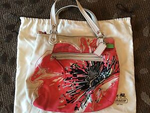 Coach poppy placed flower purse handbag tote 19027 includes dust image is loading coach poppy placed flower purse handbag tote 19027 mightylinksfo