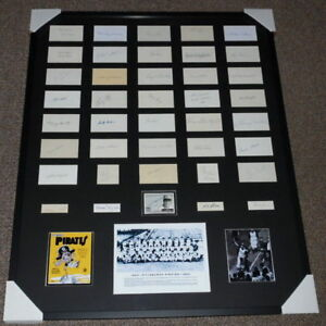 1960-Pittsburgh-Pirates-Team-Signed-Framed-33x41-Photo-Display-40-Signatures