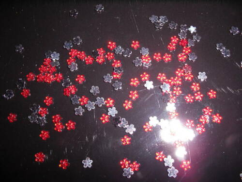 3mm D00418  200-Red Acrylic Flower Rhinestones