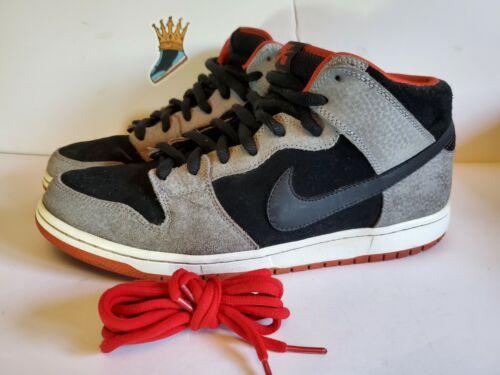 Nike SB Dunk Mid Un Supreme 314383-015 Size 11