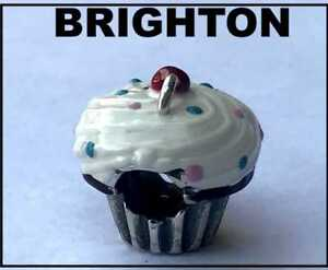 BRIGHTON-CHOCOLATE-CUPCAKE-WITH-WHITE-FROSTING-amp-SPRINKLES-BEAD-SPACER-CHARM