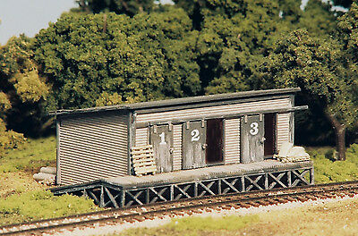 """TRACKSIDE FREIGHT HOUSE w/LOADING DOCK & RAMP"" - N SCALE - KIT #9202 - MONROE"