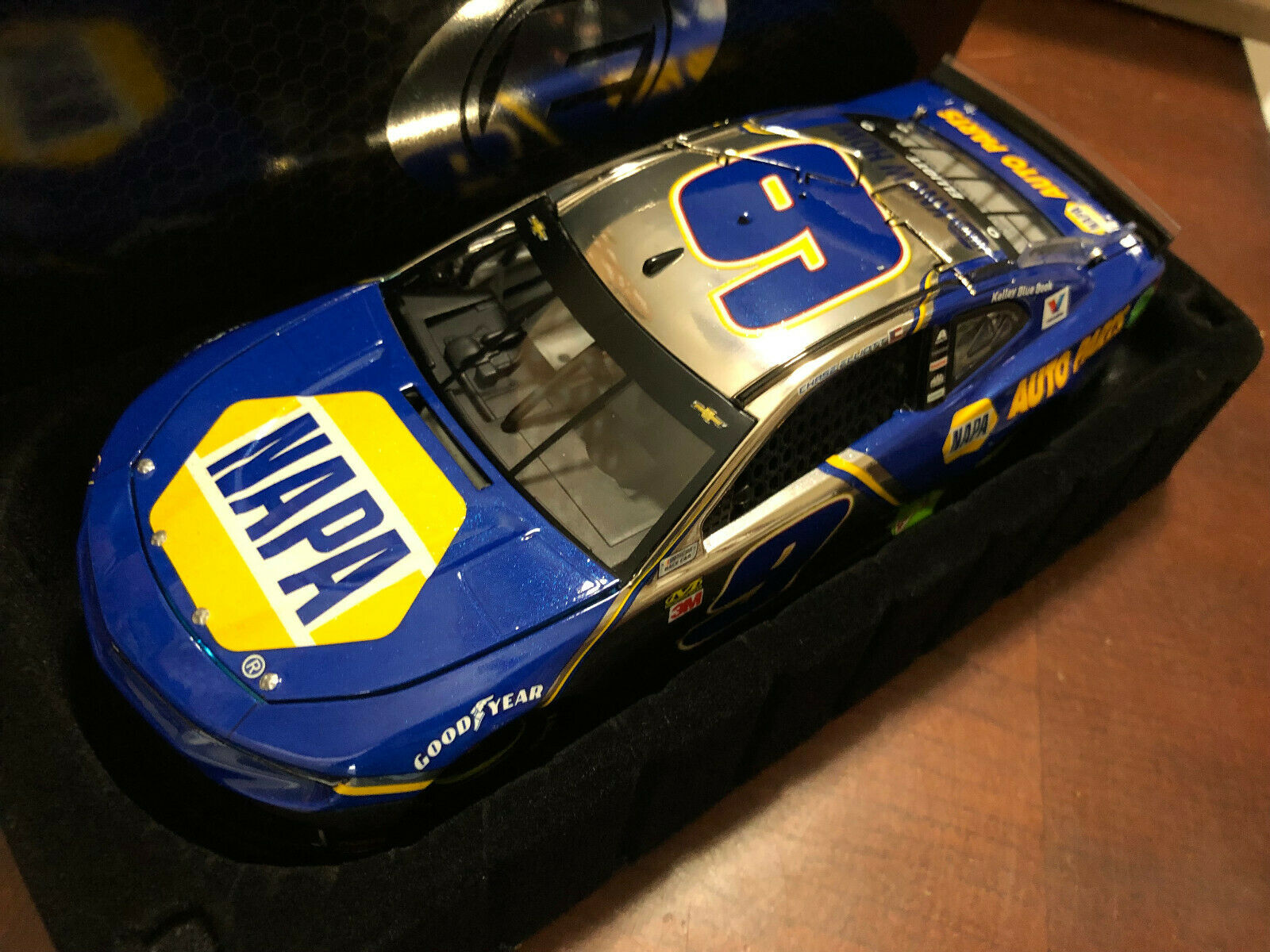 2019 CHASE ELLIOTT  9 Napa Couleur chrome Elite Diecast voiture 1 de 24