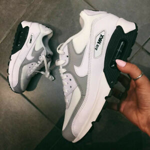 Details about NIKE AIR MAX 90 WMNS 325213 126 Size 10 US Running Shoes Fashion Casual Sneakers