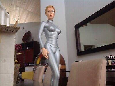 Star Trek Voyager 7 Of 9 Jeri Ryan Statue Nib Rare Ebay