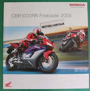 HONDA-MOTO-CBR1000-RR-2005-FIREBLADE-ADVERTISING-PUBBLICITA-DEPLIANT-BROCHURE