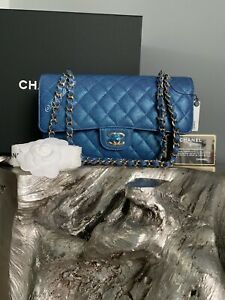 7620837981a264 CHANEL 19S IRIDESCENT Dark Blue Medium Classic Flap Bag 2019 PEARLY ...