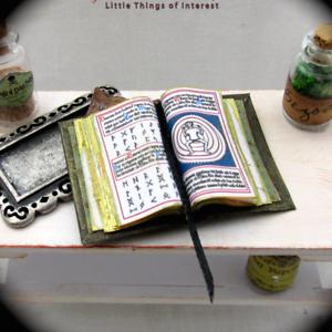 1:12 Dollhouse Miniature Black Book Bible dollhouse accessories BSCA