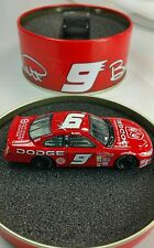Bill Elliott 2002 #9 Dodge Intrepid In Metal Tin 1:64 Action NIB