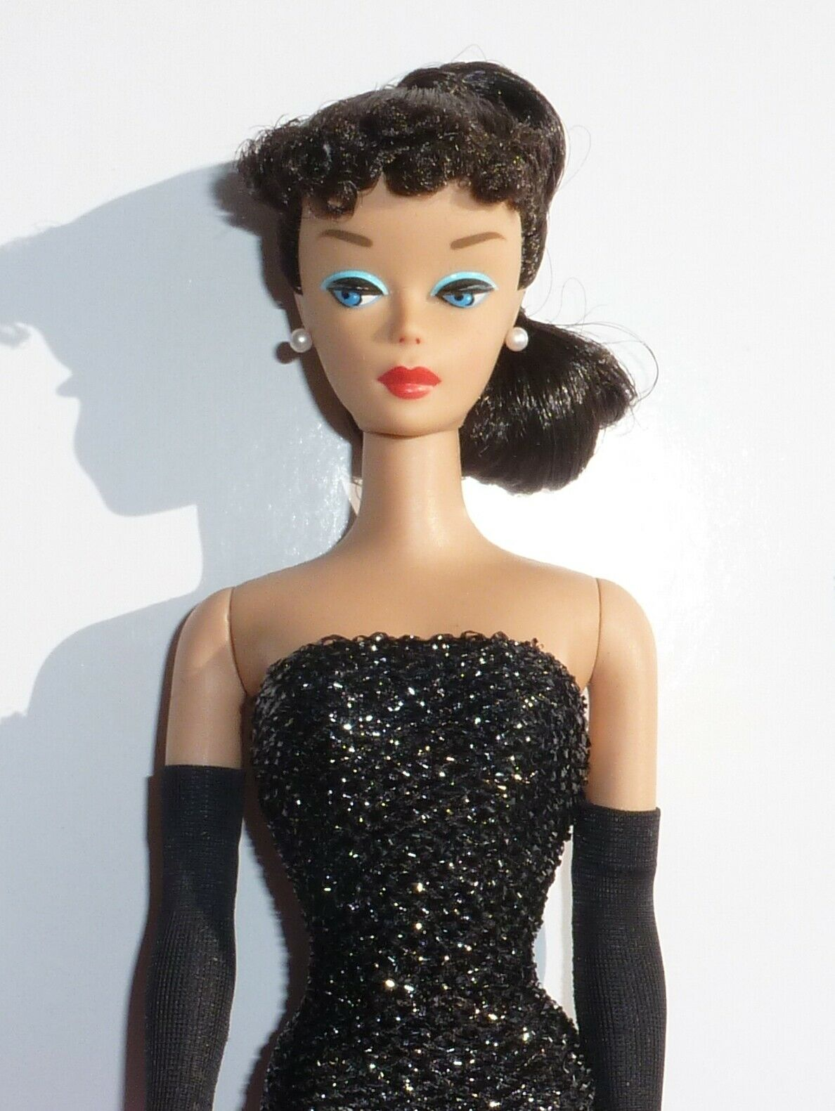 NEW Stunning Vintage Reproduction Barbie Doll & Complete Fashion.