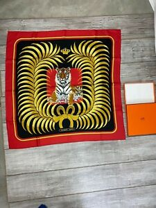 Vintage-HERMES-Tigre-Royal-100-Silk-Scarf-Red-Black-Gold-90-cm-in-Box-Tiger